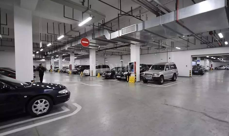 停车场智能照明